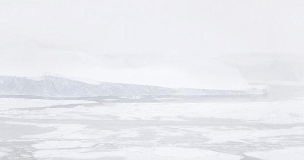 Melting-Landscapes,-Greenland_4